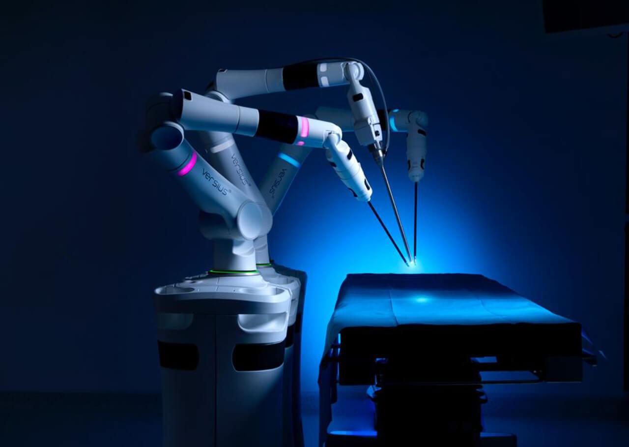 المستشفى الأمريكي في دبي يؤسس أول مركز تدريب للجراحة الروبوتية في الشرق الأوسط وأفريقيا
